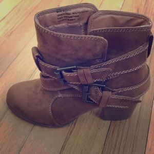 American Eagle Outfitters Shoes - American Eagle Outfitters Boots 🔥